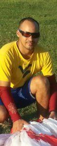 Sandy Salazar Montero tricampeón cubano de parapente